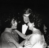 John Warner Photo - Elizabeth Taylor and Husband Sen John Warner with Princess Margaret Photo Michael NorciaGlobe Photos Inc