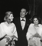 Anthony Quinn Photo - Anthony Quinn Wife Yolanda (L) Karen Kramer Photo Nate CutlerGlobe Photos Inc