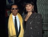 Angelica Huston Photo - Doug Vann Ipol Globe Photos Inc 13926 Jack Nicholson  Angelica Huston Jack Nicholson Retro
