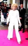 Emily Lloyd Photo - Mark ChiltonglobelinkukcomGlobe Photos Inc 07-04-2005 Emily Lloyd Wedding Crashers Uk Premiere-odeon West End Leicester Square London Uk