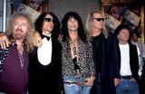 Aerosmith Photo - 1994 Mtv Awards Aerosmith Photo Sonia Moskowitz  Globe Photos Inc