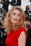 Julie Gayet Photo - Robin Hood Premiere and the Opening Ceremony of 63rd Annual Cannes Film Festival in Cannes  France 05-12-2010 French Actress Julie Gayet Photo by Alec Michael-Globe Photos Inc