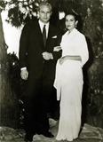 Anna Kashfi Photo - Marlon Brando and Anna Kashfi 1957 Hy SimonGlobe Photos Inc