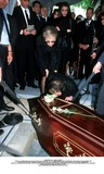 As Yet Photo - IMAPRESS PH  CLEMOT  BENITOFUNERAL OF PRINCESS LEILA PAHLAVI IN PARIS 16TH JUNE 2001 IN TOTAL BEREAVEMENT THE EX-EMPRESS OF IRAN FARAH PAHLAVI BURIED HER DAUGHTER IN THE PASSY CEMETERY IN PARIS LEILA PAHLAVI 31 PASSED AWAY A WEEK AGO IN LONDON THE OFFICIAL COMMUNIQUE WRITTEN BY HER MOTHER INDICATED THAT SHE PASSED AWAY IN HER SLEEP BUT THE EXACT CIRCUMSTANCES OF THE DEACEASED REMAIN AS YET UNKNOWNPRINCESS ASHRAF KISSES HER NIECES COFFINCREDIT IMAPRESSCLEMOTBENITOGLOBE PHOTOS INC